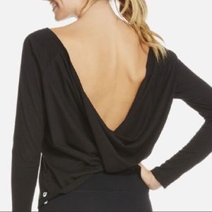 FABLETICS switch back long sleeve